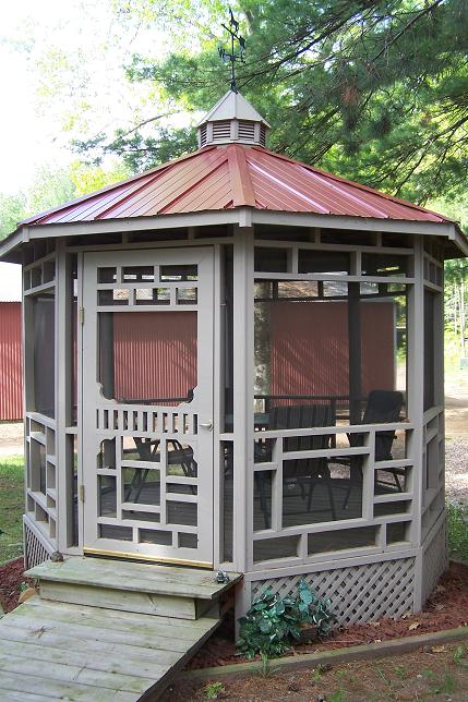 New steel roof featured on this prairie gazebo model in Gazebo Park